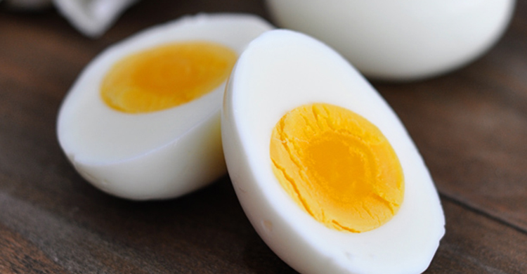 egg-good-for-great-for-eye-health-750x390